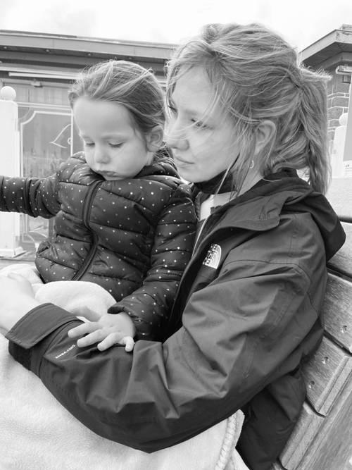 Propose Baby-Sitting et Aide aux devoirs sur La Rochelle