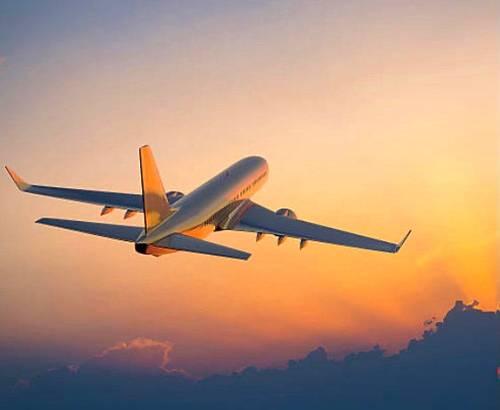 Propose un billet d'avion Nice-Paris au choix semaine du 9au 13août