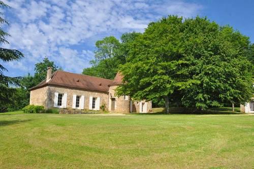 Loue cet été propriété de famille.4chambres 10couchages - coeur du Périgord. Site magnifique, Saint-Georges-de-Montclard (24)