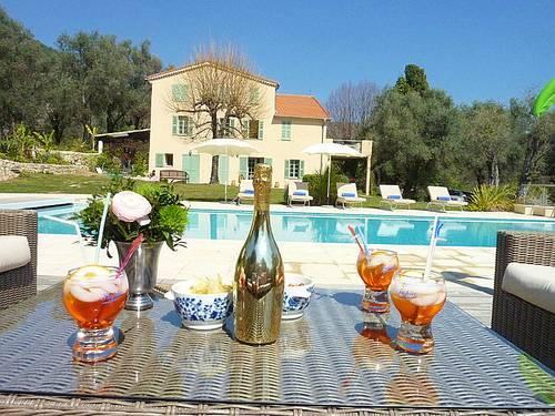 Loue mas provençal à Grasse 150m², 5chamb., 10pers. Grande piscine
