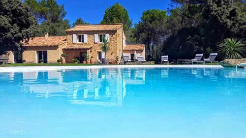 Loue Mas Provençal dans propriété de 8ha entre Aix et Luberon 12couchages