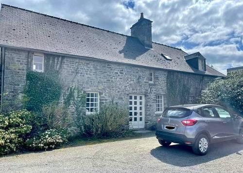 Recrute régisseur/aide-ménage pour château dans le Calvados