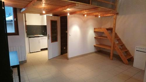 Loue Rouen studio mini loft 25m² Semi meublé