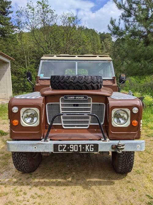 Land rover 83série 3iii (ex defender) vendu avec toit en toile safar