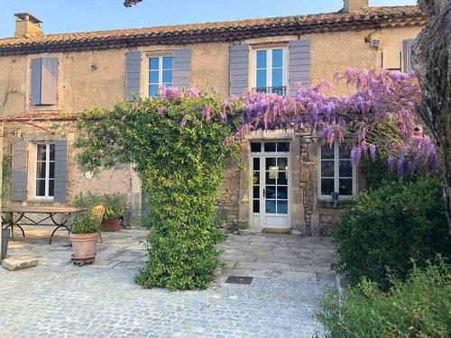 Loue à Saint-Rémy de Provence - Le Figuier de Van Gogh - 7couchages 3chambres