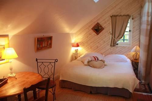 Propose Chambres d'hôtes - vallée de Chevreuse (25km Paris)