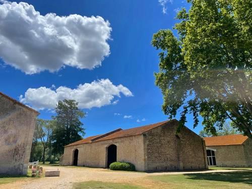 Loue salle sur Domaine en Camargue - Arles (13) - 150personnes