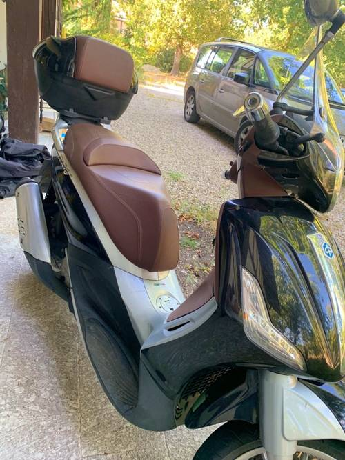 Scooter Beverly Piaggio 125- 15050km · 2013