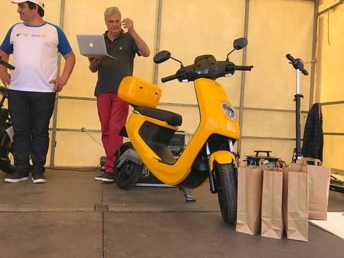 Scooter électrique neuf NIU M1Sport jaune - 2021- 1km