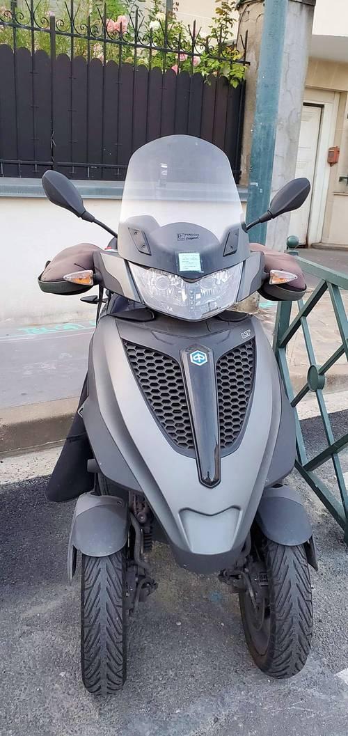 Vends Scooter Piaggio 300c Mp3lt Yourban Sport - 2016- 13630km
