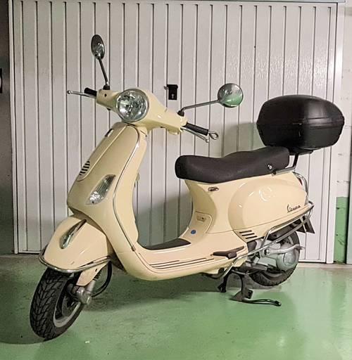 Scooter Vespa 125LX - 11000km 2009