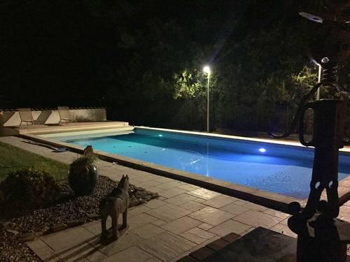Loue appartement 2couchages dans villa - Uzes (30) Gard