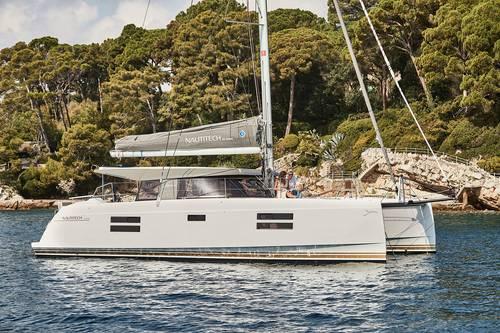 Propose sortie privatisée sur un catamaran au départ de La Rochelle