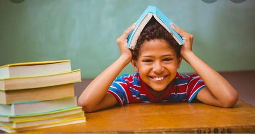 Propose services de soutien scolaire et babysitting