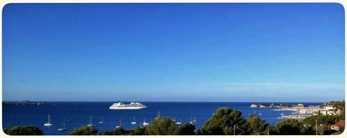 Propose Splendide vue panoramique sur la baie de Bandol (83) - 2chambres