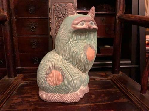 Statue de chat en bois