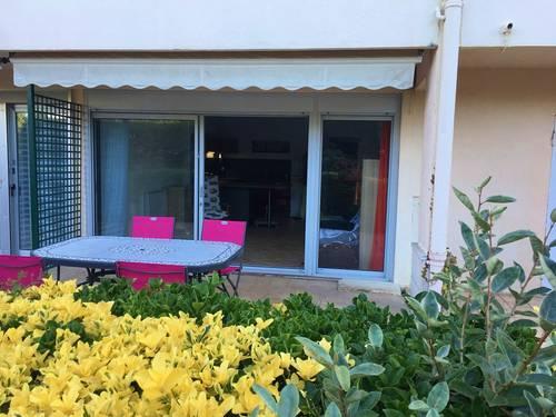 Loue studio (64) golf de chiberta,face plage, piscine, 2couchages