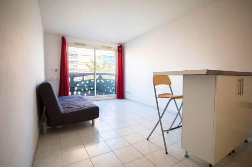 Loue Studio climatisé - 25m² - Marseille 6ème