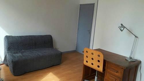 Loue studio Rue Henri Barbusse Reims 18m²
