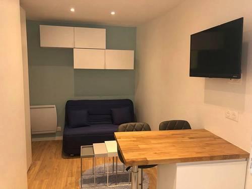 Loue Studio meublé Clichy 14m²
