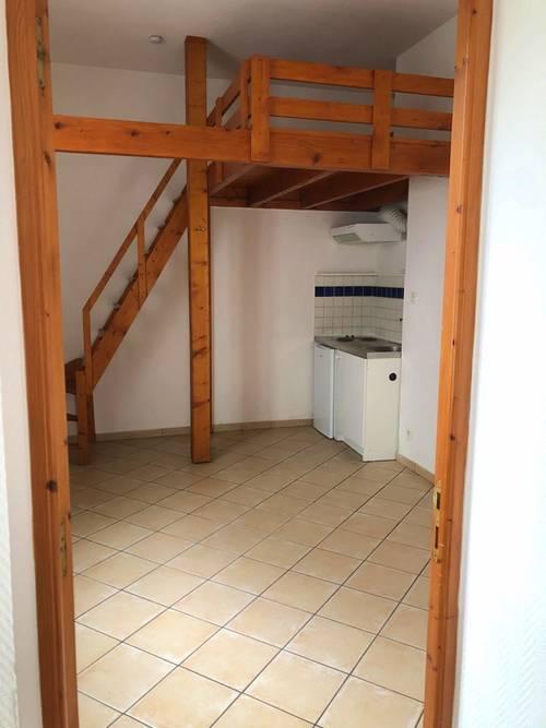 Loue Studio avec une mezzanine en centre ville - 27m², Amiens (80)