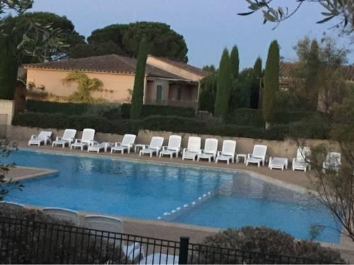 Superbe studio pour amoureux 2personnes à St Rémy Provence (13)