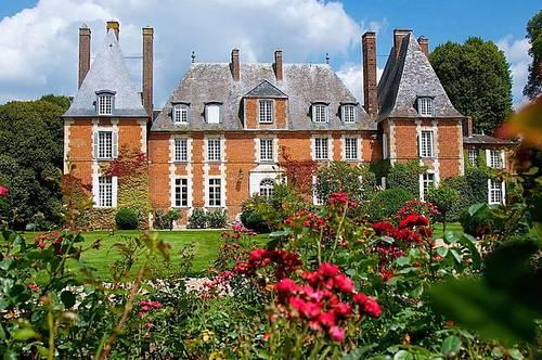 Loue superbe château 13chambres, 28couchages, piscine et tennis, à 1h15de Paris, Val d'Orger (27)