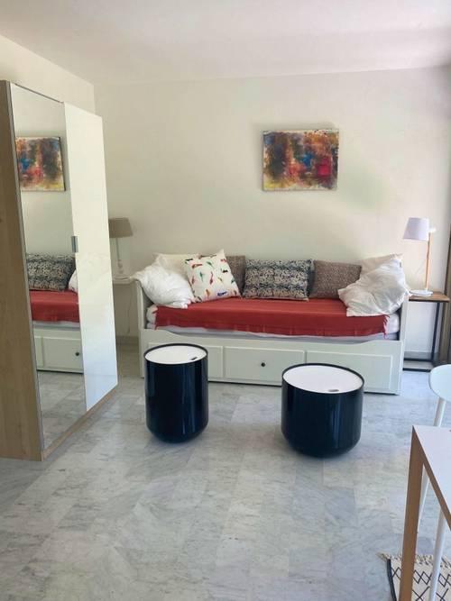 Loue superbe studio à Antibes (06) dans résidence avec piscine et tennis - 2couchages