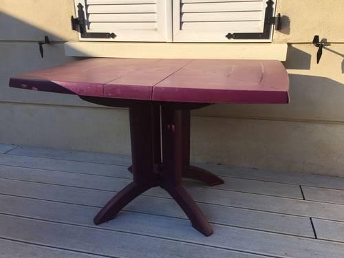 Table de jardin pliante, violet + 4chaises pliantes assorties