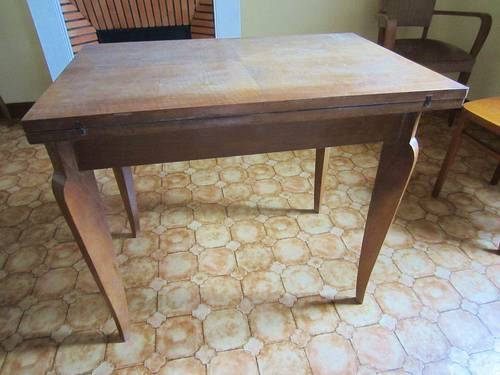 Table porte-feuille /table de jeu années 50