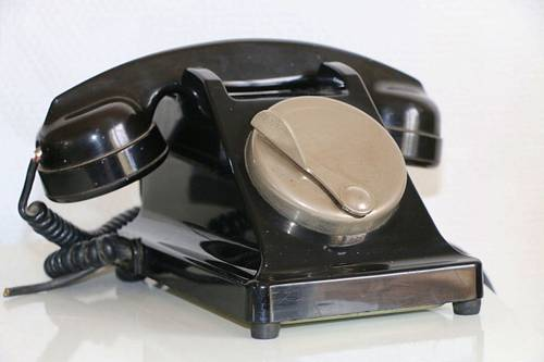 Téléphone bakélite noir PTT 1959