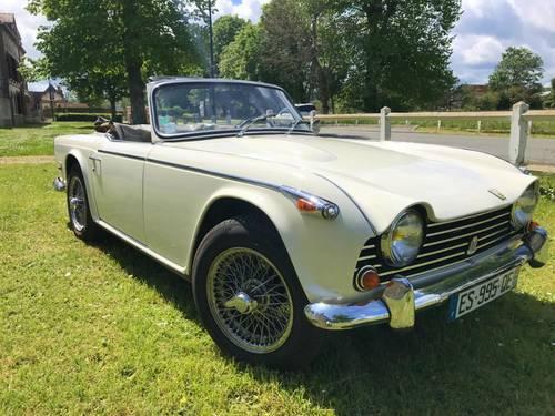 Vends Triumph TR51968