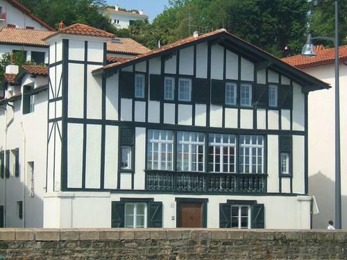 Loue maison unique sur port de Saint Jean de Luz - 20couchages - Ciboure (64)