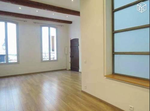 Vends T3 centre historique Aix en Provence (13) - 64m²