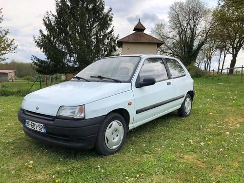 Vends Clio RN - 93500km 1994
