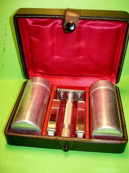 Vends ancien coffret Rasoir Gillette old type complet