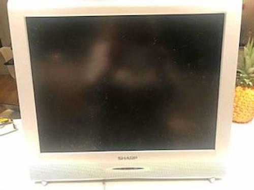 Vends une ancienne télévision