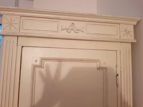 Vends armoire penderie bois belle qualité blanche