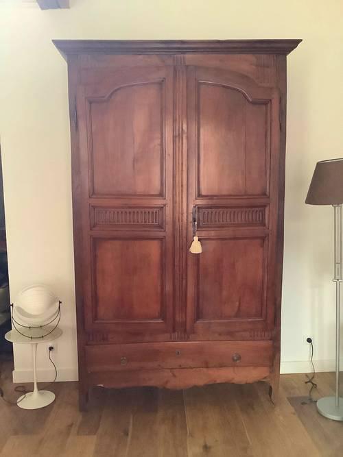 Vends belle armoire XVIII