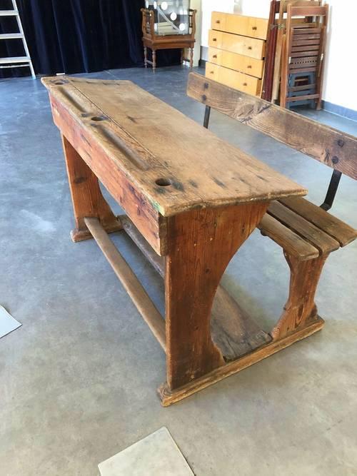Vends belle table ancienne d'écolier, chêne massif
