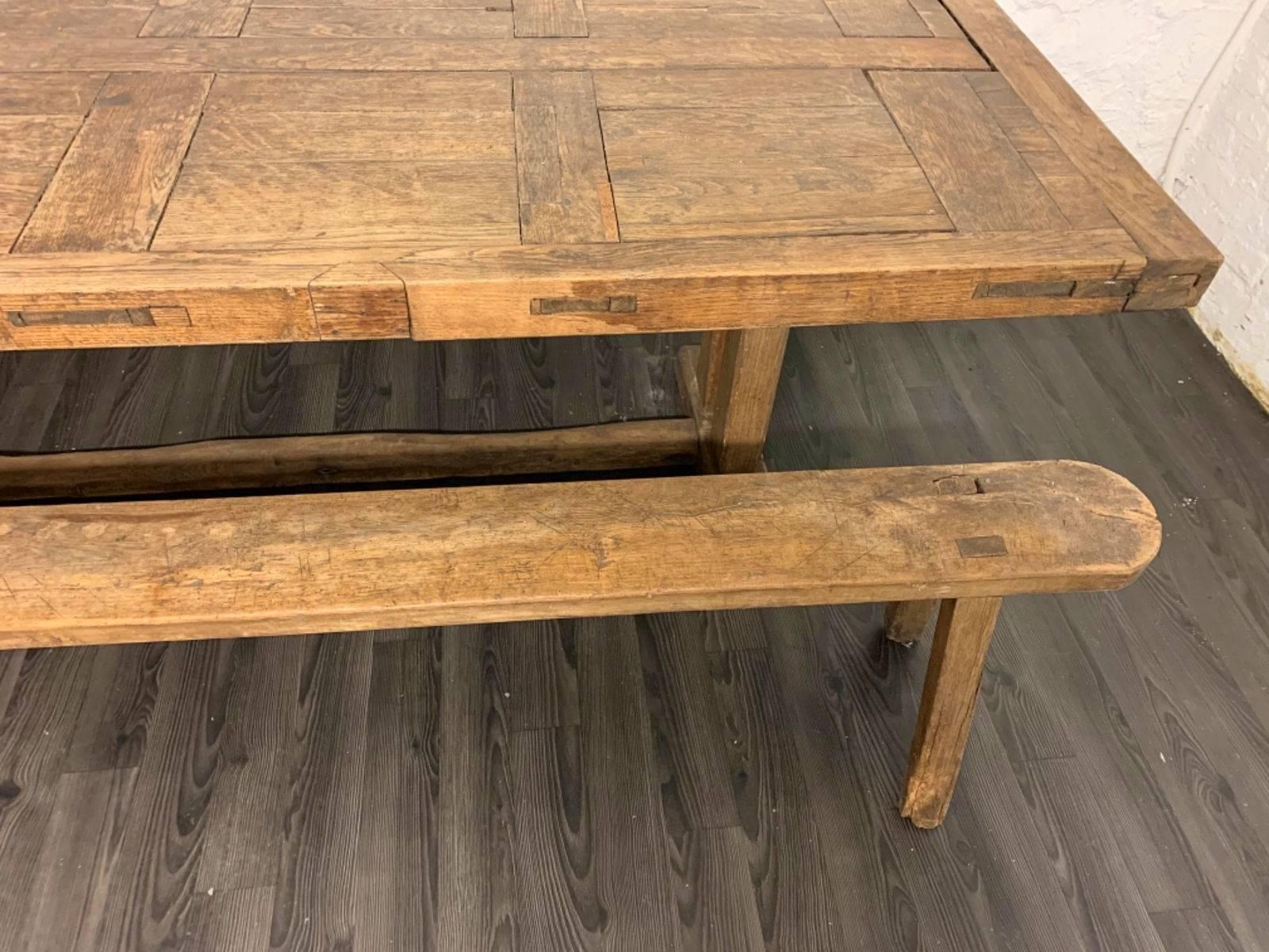 Vends belle table de ferme ancienne et son banc sur Gens de Confiance