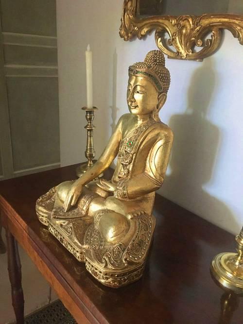 Vends Bouddha en bois doré