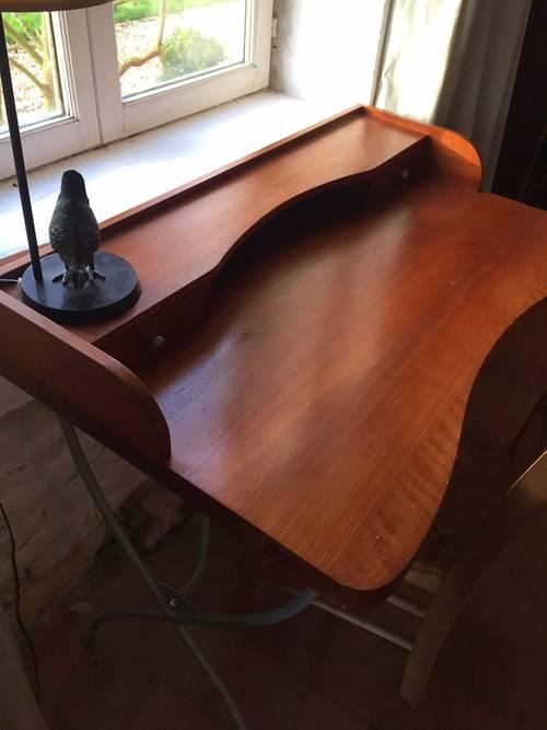 Vends bureau bois exotique, marque AMPM