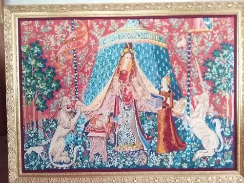 Vends cadre bois doré La Dame à La Licorne canevas