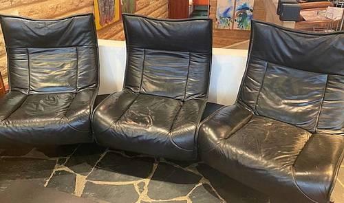Vends canapé cuir noir attribué à Vico Magistretti