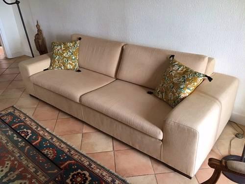 Je vends un très beau canapé SIA beige 3places
