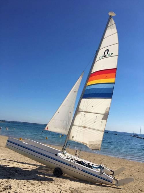 Vends catamaran Nacra 5.7avec mise à l'eau