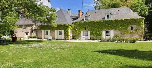 Vends Charmante propriété 380m²/ 6chambres, 20min d'Angers (49)