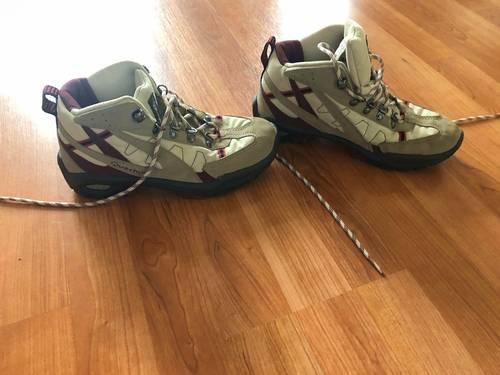 Vends chaussures de marche Décathlon - Pointure 37
