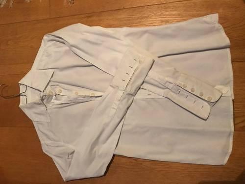 Vends chemisier blanc de marque Blanc Bleu taille 38, très bon état